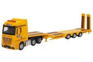 Oxford Diecast 76MB010 Mercedes Actros Semi Low Loader JCB