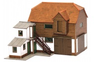 SuperQuick SQB26 Farm Hayloft And Barn OO Gauge Card Kit