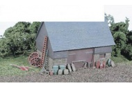 Wills Kits SSAM100 Farmyard Junk OO Gauge White Metal Kit