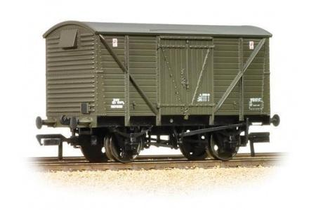 BACHMANN 38-162 12 TON BR PLANKED VENTILATED VAN DEPARTMENTAL OLIVE GREEN