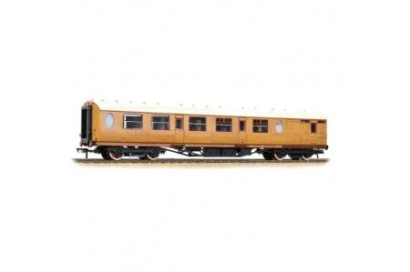 Bachmann-34-435-OO-Gauge-Thompson-Composite-Brake-Coach-LNER-Teak681