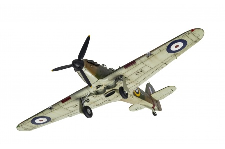 Airfix A05127A Hawker Hurricane Mk.1 Bottom