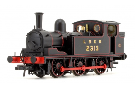 Bachmann 31-060 LNER J72 Class LNER Lined Black 0-6-0 Tank Locomotive No. 2313 Front Left