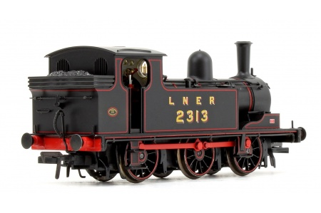 Bachmann 31-060 LNER J72 Class LNER Lined Black 0-6-0 Tank Locomotive No. 2313 Rear Right