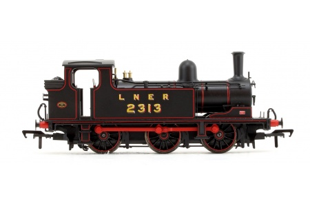 Bachmann 31-060 LNER J72 Class LNER Lined Black 0-6-0 Tank Locomotive No. 2313 Right Side
