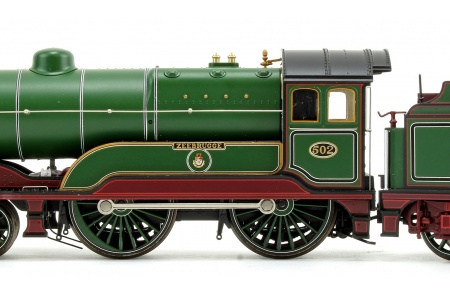 Bachmann 31-147DS GCR 11F 502 Zeebrugge GCR Lined Green Closeup