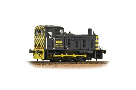 bachmann-31-367-class-03-d2199-ncb-black-diesel-shunter-locomotive-front-right