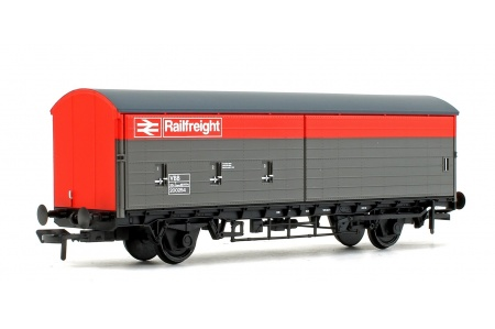 Bachmann 38-128 BR VBA Van BR Railfreight Red & Grey Front Left