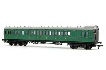 Bachmann 39-603 SE And CR 60ft Birdcage Brake Third Lavatory SR Malachite Green Front LeftBachmann 39-603 SE And CR 60ft Birdcage Brake Third Lavatory SR Malachite Green Front Right