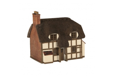 Bachmann Scenecraft 42-0019 Thatched Cottage